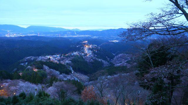 夜明け前の吉野
