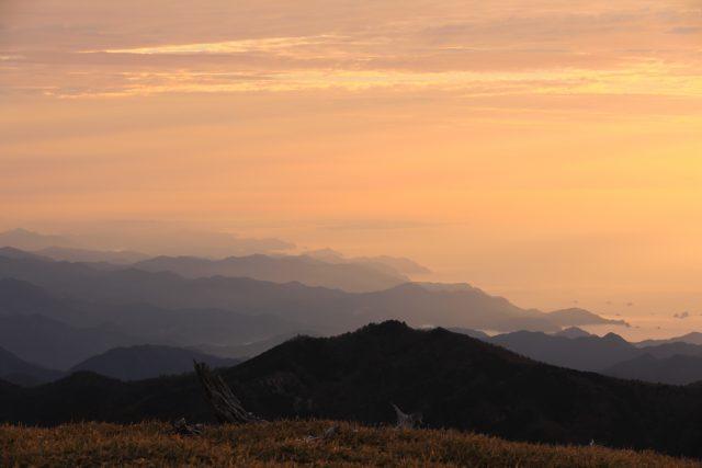 大台ケ原からの朝景