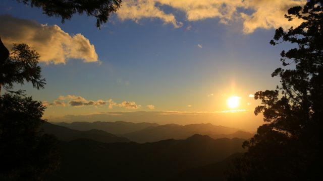 玉置山からの朝景